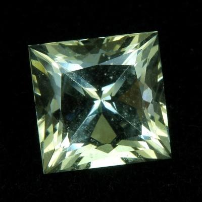 Labradorit 1.71 ct