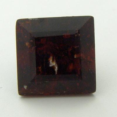 Klinohumit 1.06 ct