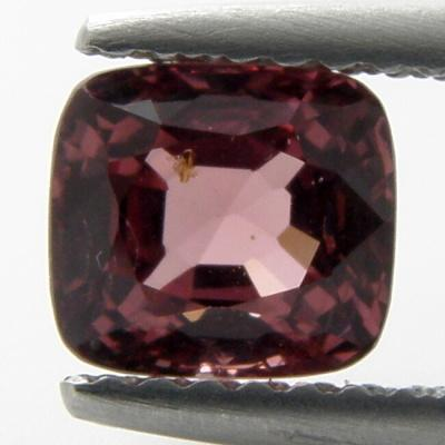 Spinel 1.38 ct